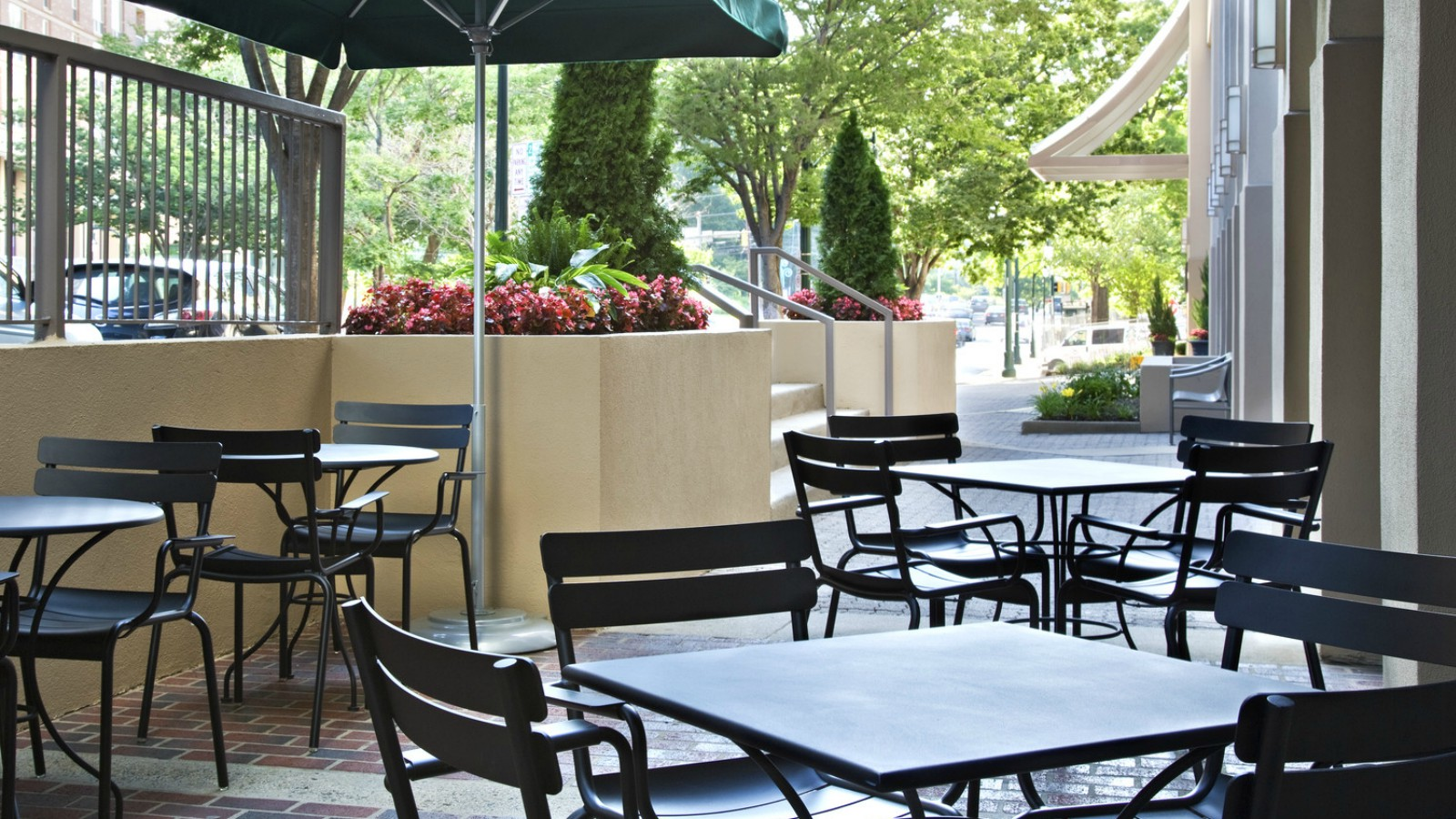 Silver Spring Event Venues - Starbucks Outdoor Cafe